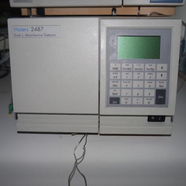 Used Waters 2487 Dual absorbance detector, UV detector.
