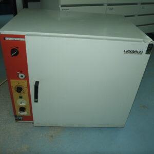 Used Heraeus T5050 Oven