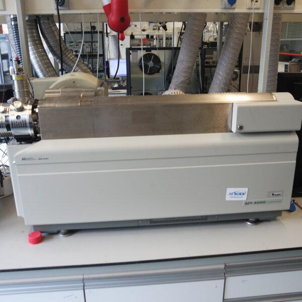 Used API 4000 mass spectrometer