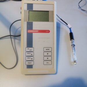 1114 - Used Consort C931 electrochemical analyser including ph probe