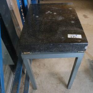 784 - Used laboratory weighing table, granite top