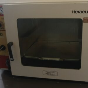1234- Used vacuum oven, Heraeus VT 5042 EK, for laboratory usage