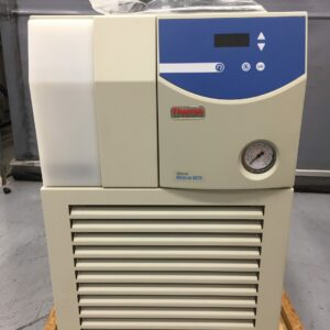 1351 - As new Thermo Fisher Merlin Recirculating Chiller M75