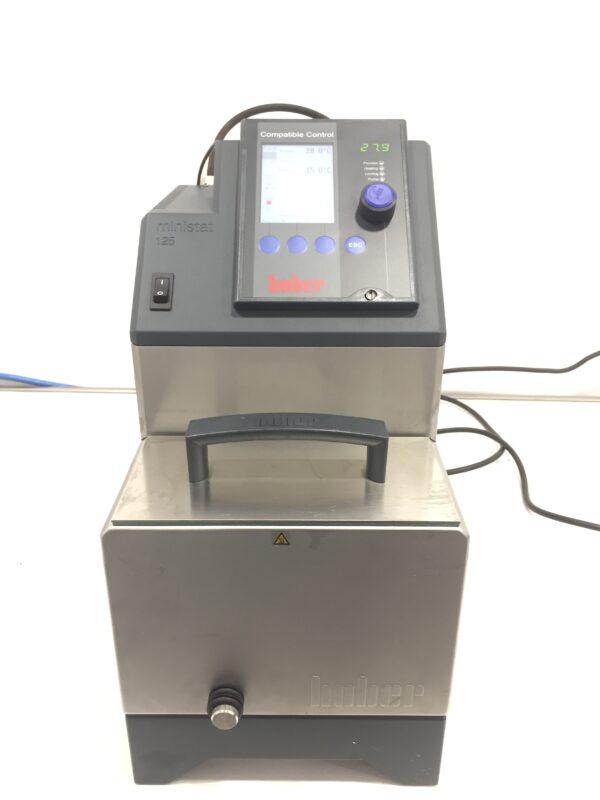 Used cooling circulator Huber ministat 125-cc