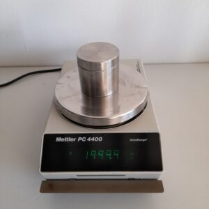 1462 - Used Mettler Toledo balance PC4400 DeltaRange