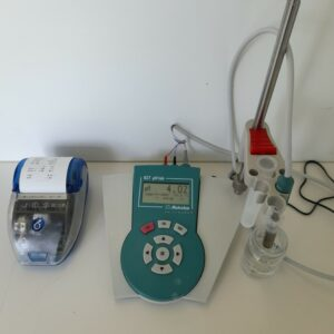 Used Metrohm pH meter 827