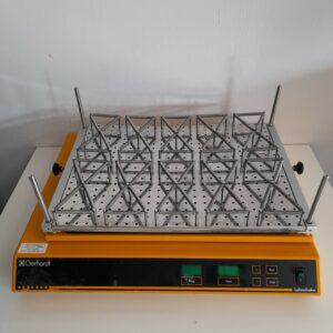 Used Gerhardt Laboratory shaker LS5